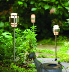 Modern Landscape How To Choose Modern Landscape Lighting 2modern