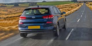 xe lexus vatgia hyundai i30 2017 review carwow