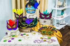 diy mardi gras mask how to home family diy mardi gras mask hallmark channel