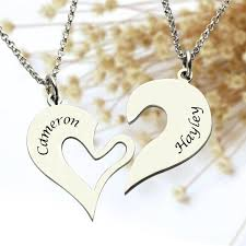 Engraved Name Necklace Breakable Heart Necklace Set For Couple Personalized Name Necklace
