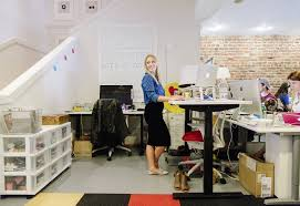 The Benefits Of A Standing Desk In The U S Workplace A Standing Desk Has Become An Important