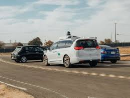 self driving cars will decide who dies in a crash