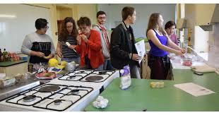cours de cuisine lons le saunier perreux l atelier cuisine intéresse de plus en plus d élèves à chervé