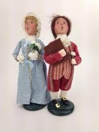 byers choice williamsburg and child caroler figurines child