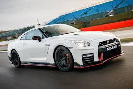 nissan gtr vs tesla new nissan gt r nismo 2017 review auto express