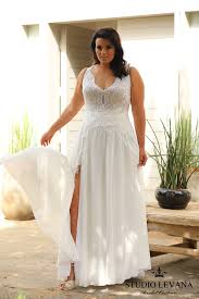 bridal designer fashion friday introducing plus size bridal designer studio