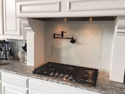 interior white arabesque glass backsplash feature arabesque tile
