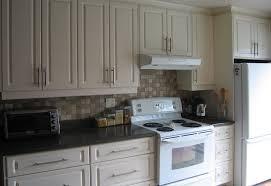 couleur d armoire de cuisine modèle d armoire de cuisine idée de modèle de cuisine