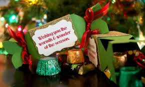 christmas ornament favors how to make christmas candy box party favors the crafty stalker