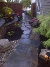 Backyard Walkway Ideas by Best 25 Side Yards Ideas On Pinterest Side Yard Landscaping