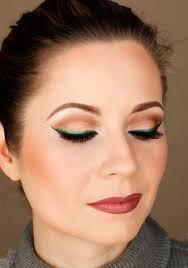 green cat eye makeup stylotheque