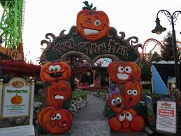 Six Flags Friends Fright Fest At Six Flags New England 2013 Photo Trip Report By