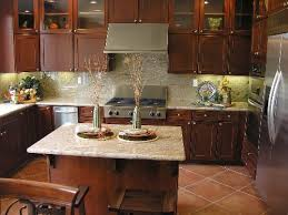 Kitchen Backsplash Cherry Cabinets by Amazing Kitchen Backsplash Ideas With Cream Cabinets Pictures