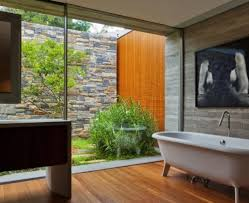 desain kamar mandi transparan rumah kaca minimalis untuk anda yang berkarakter unik