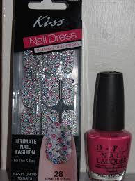 kikistyles nail of the week kiss nail dress