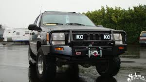jeep kc lights on this jeep zj we installed a arb bumper warn vr8000 winch