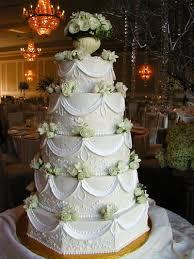 wedding cakes with fountains cakella wedding cakes fountains queencakes wedding candy buffet