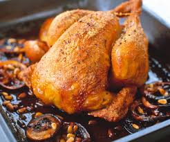 cuisiner un poulet roti recette de cyril lignac poulet rôti aux aubergines et aux pignons