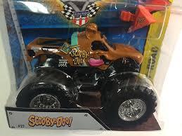 scooby doo monster truck video amazon com wheels monster jam scooby doo 27 monster truck