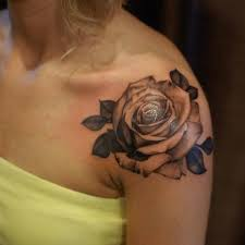 25 beautiful rose on shoulder tattoo ideas on pinterest roses