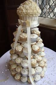 wedding cake and cupcakes wedding cake and cupcakes photo cupcake wedding cake