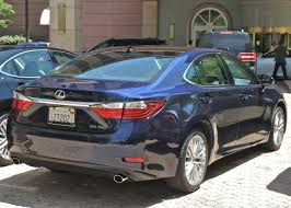 lexus es300 2013 lexus adds luxury and hybrid to 2013 es new car picks
