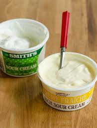 creme fraiche cuisine what s the difference between sour and crème fraîche kitchn