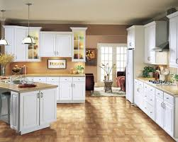 white kitchen cabinets with wood crown molding sutton echelon cabinets
