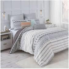 Grey Comforters Queen Best 25 Grey Comforter Queen Ideas On Pinterest Comforters Bed