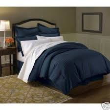 amazon com wrinkle free damask stripes navy full queen 3 pc duvet