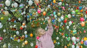Decorate Easter Eggs Online by Germany U0027s Easter Enthusiasm Painted Eggs Decorated Trees And