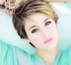 pixie hair for strong faces best 25 highlighted pixie cut ideas on pinterest pixie haircut
