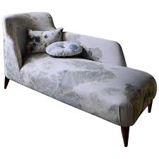 goddard chaise in martyn thompson fabric for sale at 1stdibs