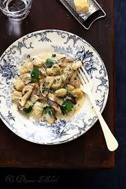 comment cuisiner des gnocchi comment conserver les gnocchi les cepes cèpes et viande végétarienne