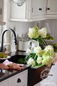 Farmhouse Kitchen Design Pictures 10 Elements Of A Farmhouse Kitchen Stonegable