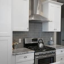 white shaker kitchen cabinets wood floors white shaker kitchen cabinets with soft doors