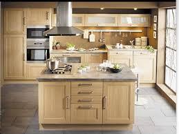 cuisine moderne bois modele cuisine bois moderne 9 indogate simple en lzzy co
