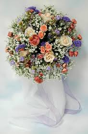 How To Make Bridal Bouquet Diy Wedding Projects How To Make A Round Floral Bouquet