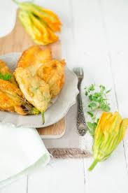 comment cuisiner les fleurs de courgettes les 25 meilleures idées de la catégorie beignet fleur de courgette