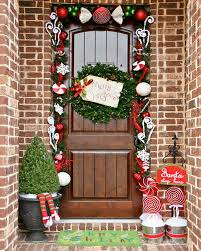 Christmas Outdoor Entryway Decorations by 74 Best Christmas Outdoor Decor Ideas Images On Pinterest