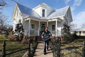 Magnolia Real Estate Waco Tx by Magnolia House Books Up On First Day Business Wacotrib Com