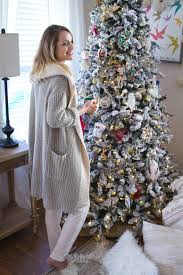 tree trimming holiday home decor little blonde book a fashion home decor is easily my favorite thing in the world i have an obsession with constantly decorating and re arranging our decor and furniture