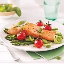 cuisiner un saumon saumon au pesto en papillote recettes cuisine et nutrition
