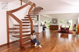 escalier bois design nos escaliers en bois massif très haute qualité et 100 sur mesure