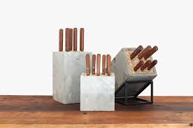 Knife Storage Ideas by How To Make A Knife Using Concrete And A Shovel