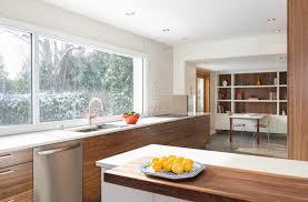 cuisine en noyer armoire de cuisine et salle de bain élysée montréal laval