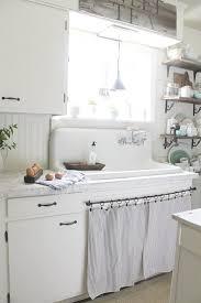 Flat Kitchen Design Kitchen Style White Oversize Porcelain Farmhouse Sinks All White