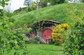 hobbit hole by irissiel on deviantart