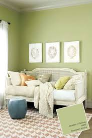 green color living room home decor color trends fancy to green