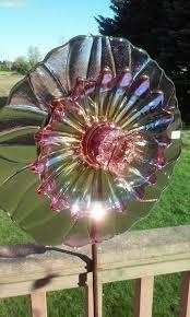 Glass Garden Decor 341 Best Glass Yard Art And More Images On Pinterest Glass